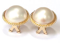 Earrings with Mabe pearls, 13.5 - 14mm