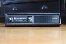 Philips Sprint 22RN351 classic FM and AM car with bottom frame - 1975