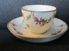 Loosdrecht M. O. L Cup and saucer
