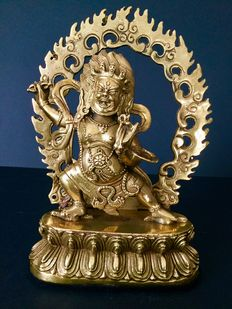 Vajrapani in golden copper – Nepal – end of 20th century