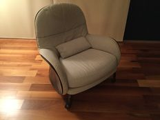 Vico Magistretti for De Padova – Louisiana armchair