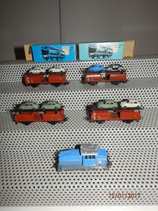Märklin/Wiking H0 - 3078/4612 - Diesel locomotive work loc DHG 500 + 4x auto transport carriages with 8 VW Beetle of the DB