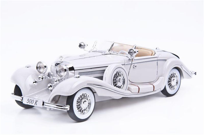 Maisto - Scale 1/18 - Mercedes-Benz 500 K Type Specialroadster 1936 Colour white