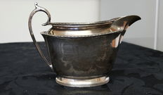 Walker & Hall silver plated jug engraved with the flag of the White Star Line shipping company.