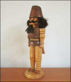 Nutcracker in the shape of a Hussar