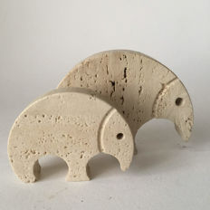Fili Mannelli – Two modernist travertine sculptures in the shape of an anteater