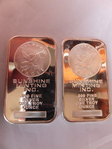 "2 silver bars of one troy ounce 999/1000,  ""Silver Eagle""  by Sunshine Minting,  twentieth century."