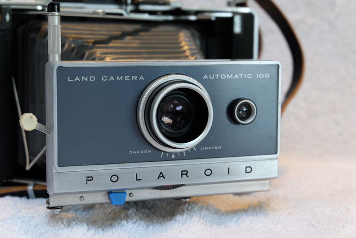nice polaroid land camera automatic 100 catawiki. Black Bedroom Furniture Sets. Home Design Ideas