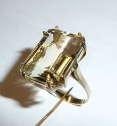 Ring with very large natural citrine of 13 ct in emerald cut ****NO RESERVE PRICE***