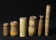 6 carved containers made from bamboo - Atoni - West Timor - Indonesia