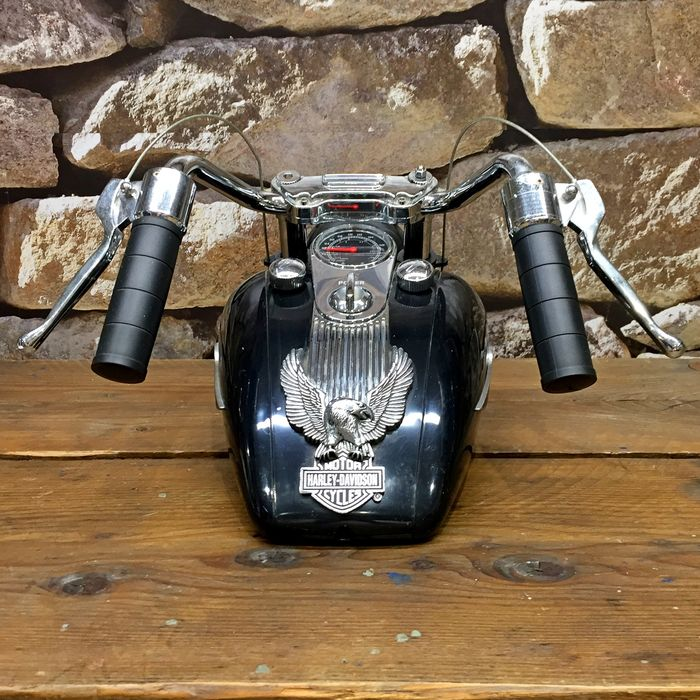 Original Harley-Davidson tank radio with light and sounds