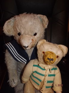 Lot of 2 very old Sonneberg teddy bears with clothes - Germany