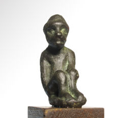 Bactrian Bronze Figure of a Seated Man, 5.7 cm H