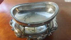 Valuable set in Silver 800 including a round fruit stand with upper finely chiselled oval bow.