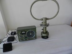 Ships Radio Reciver with direction finding Sailor 16T ,with Radio Direction Finding Aerial A/S Aalborg Denmark