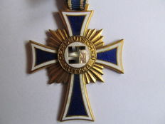 Mother's Cross of Honour in gold