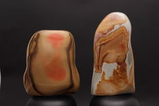 Polished polychrome Jasper sculpture- 12 and 14.5cm - 1860gm (2)