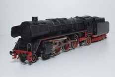 Trix Express H0 - 763 - Steam locomotive with pulled tender BR 01 by the DB
