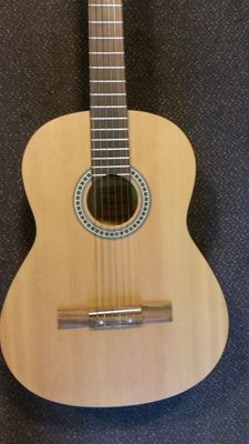 New classical guitar 4/4 classic Bach Romaneto, spruce top