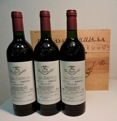 1990 Vega Sicilia Unico - 3 Bottles in total with original wooden case