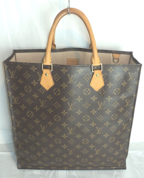 8467f20917ad Louis Vuitton - Monogram Sac Plat Tote Shopping Bag - Catawiki