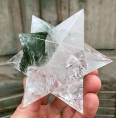 Quartz dodecahedron star - 12cm - 485gm