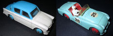 Dinky Toys - 1/43 scale - Lot with Hillman Minx Saloon No.75 and Triumph TR3 Racing (light green) No.111