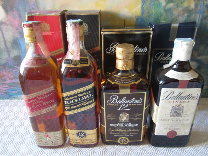 4 old bottles - 1 Johnnie Walker Black Label 12 years 70 cl