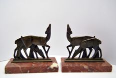 Pair of Art Deco sculptures - does