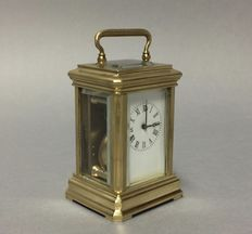Miniature brass carriage clock, classic model, late 20th century
