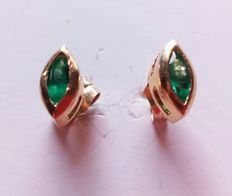 18 kt gold ear studs with emeralds