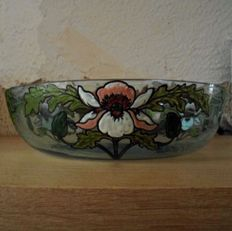 Legras - large bowl in enamelled glass with decoration of iris