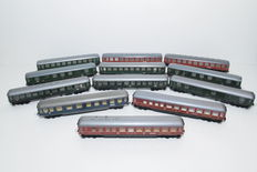 Trix Express e.a. H0 - 12 expresstrain carriages of the DB/DR/SBB