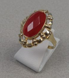 14k gold ring with carnelian