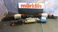 Märklin H0 - 3029/4617/11/4503 - steam loc + 4 freight carriages