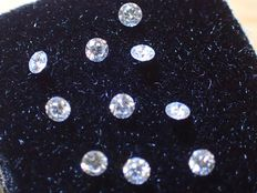 Lot of 10 diamonds, 1.80 mm, brilliant cut, total weight of 0.25 ct, E/VVS1