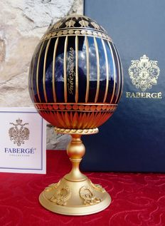 """Authentic Fabergé Imperial egg - Collection """"Pure Crystal Gravé luxe"""" - finish gold 24 k - signed - 18 cm / 700g"""