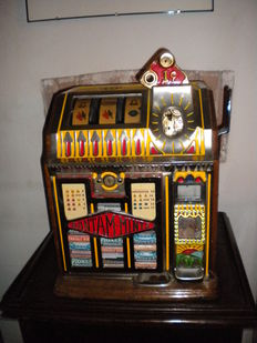 PACE BANTAM MINT 1 cent Slot Machine - year 1932