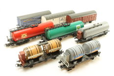 Märklin H0 - 8 different freight cars of the DB