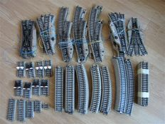Märklin H0 - 70-part lot of switches and M-track