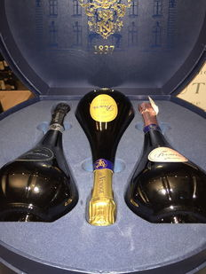 Collector's Venoge box with 3 bottles of Princes de Venoge to match.