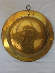 Large brass christening dish/Laver-17th/18th century.