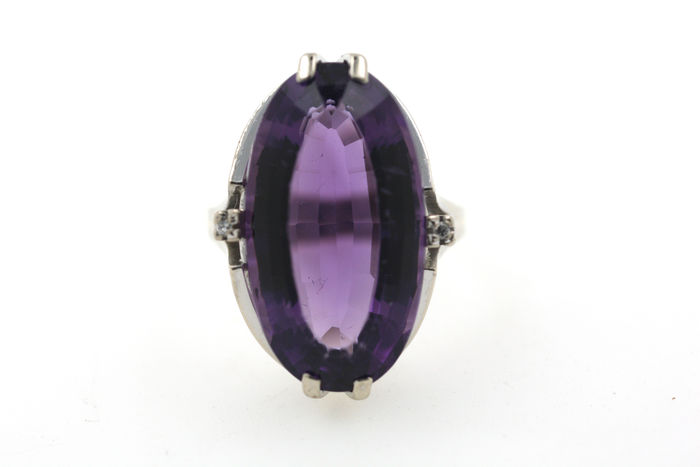 Vintage ladies' ring 585 white gold ring with amethyst, ring size 57