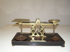 English postage scales, brass on wooden base - ca.  1900