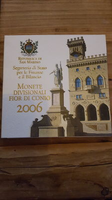 San Marino - Year pack 2006 (including 5 Euro silver)