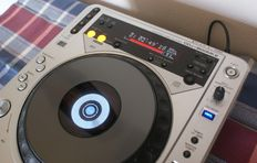PIONEER DJ Pro CD player speler CDJ-800 mk2 / Thoroughly made and in nice condition