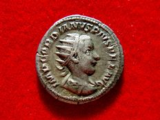 Roman Empire - Gordian III silver antoninianus (4,61 g, 22 mm.). Rome mint, 5th. emission, 6th. officina. 239 A.D. PM.TR.P.II.-COS.P.P.