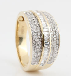 14kt diamond ring total approx. 0.83ct