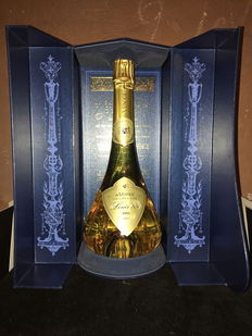 1995 Louis XV of Venoge Brut champagne in decanter and luxury box