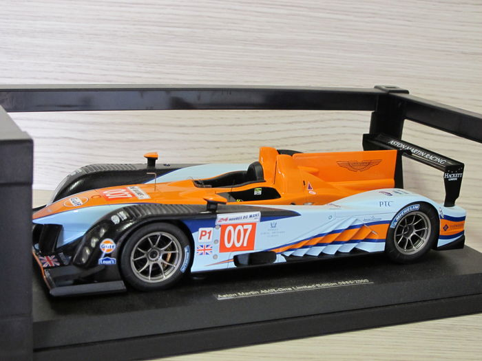 Spark Models Scale 1 18 Aston Martin Amr One 007 Catawiki